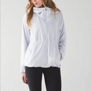 Lululemon Belle Jacket in Alpine White Sz 10